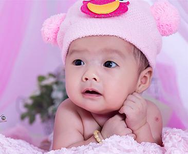 Chụp hình em bé angle 8 tuần tuổi