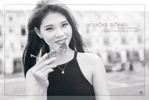 Chup-Hinh-Chan-Dung-Den-Trang